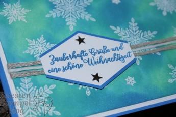 Flockenfantasie, Wintermärchen, Thinlits Formen Schneegestöber, Zier-Etikett, Stanz-Box Exquisite Etiketten, Etikett nach Maß, Embossing, Stampin' Up, Kuestenstempel.blog